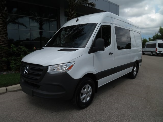 New 2019 Mercedes-Benz Sprinter 2500 Crew 144 WB