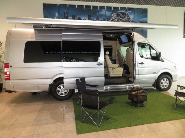 New 2018 Mercedes-Benz Sprinter 3500 Cab Chassis 144 WB